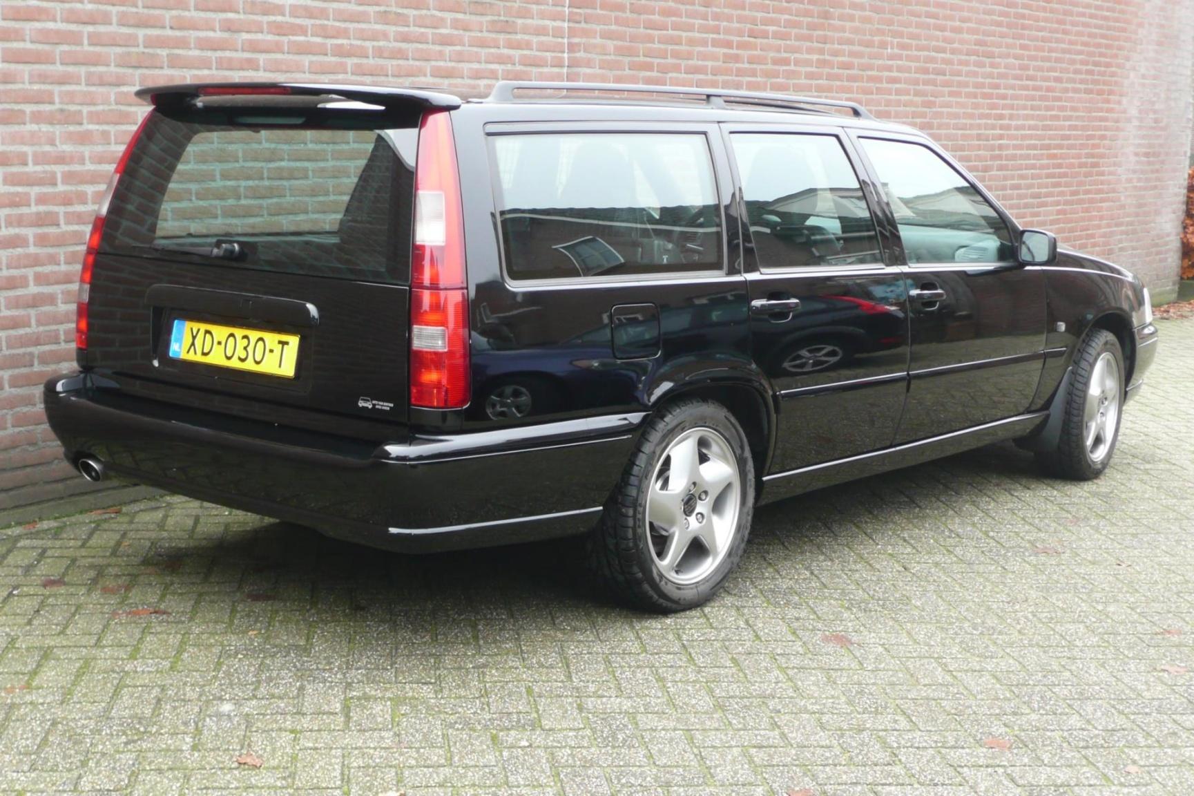 Volvo-V70-6