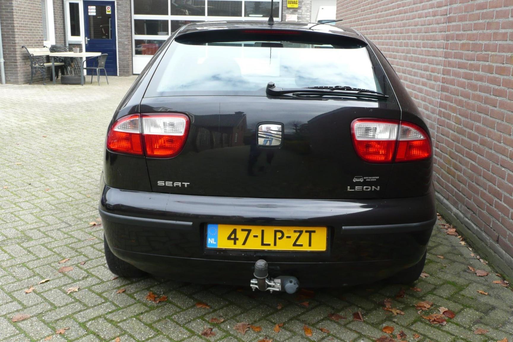 SEAT-Leon-6
