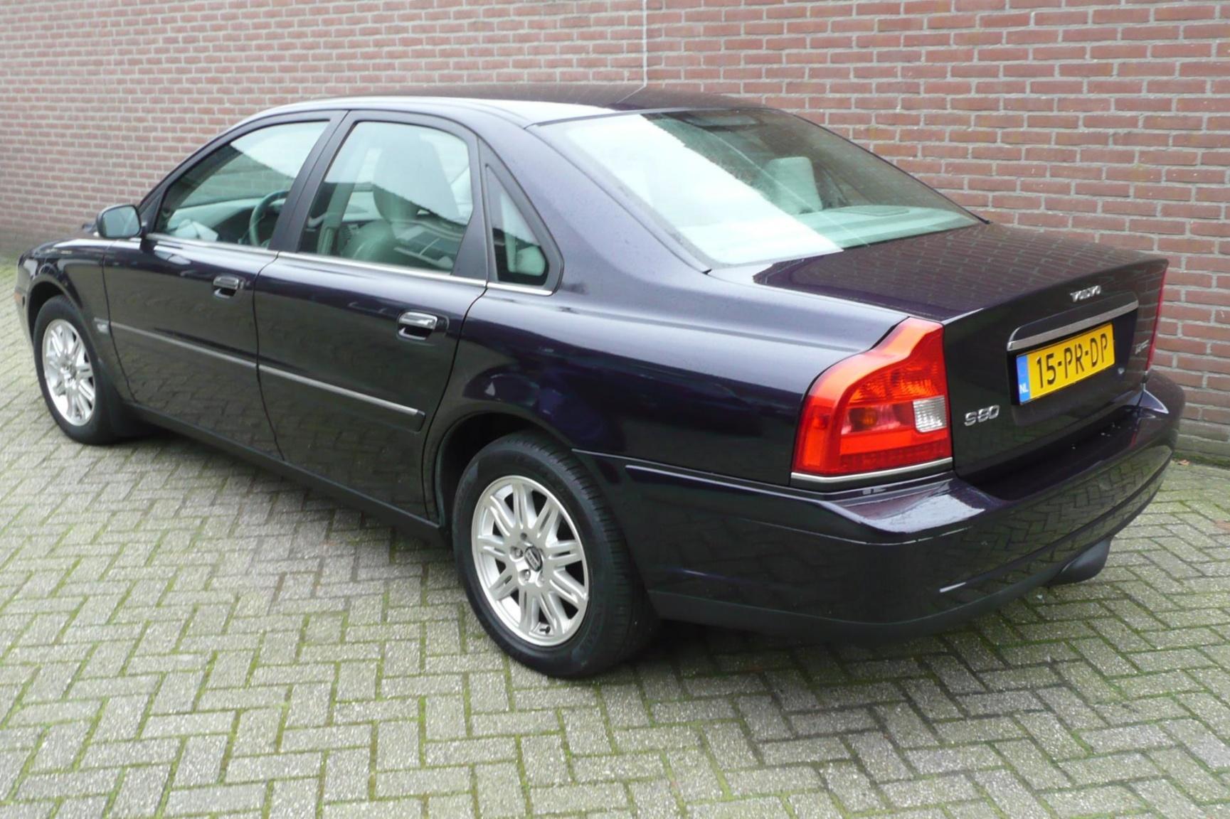 Volvo-S80-6